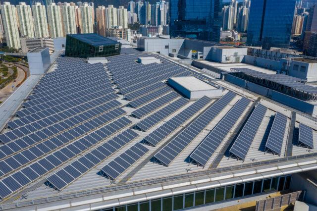 Financer son projet de toiture professionnelle en installant une centrale solaire